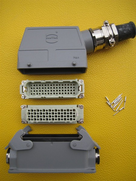Signal Interface über Harting Steckverbindung